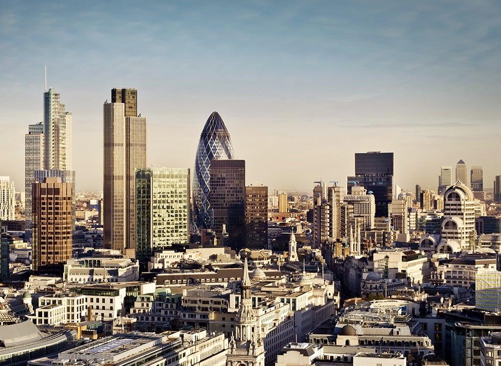 flyg billigt till london